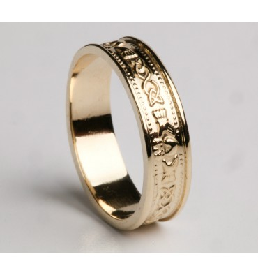 https://www.ardrijewellery.com/119-thickbox_default/ladies-gold-claddagh-wedding-band.jpg