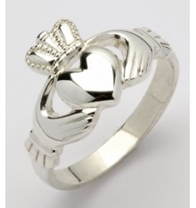Ladies Handcrafted Silver Claddagh Ring